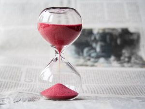 hourglass representing the time it takes to sell a business